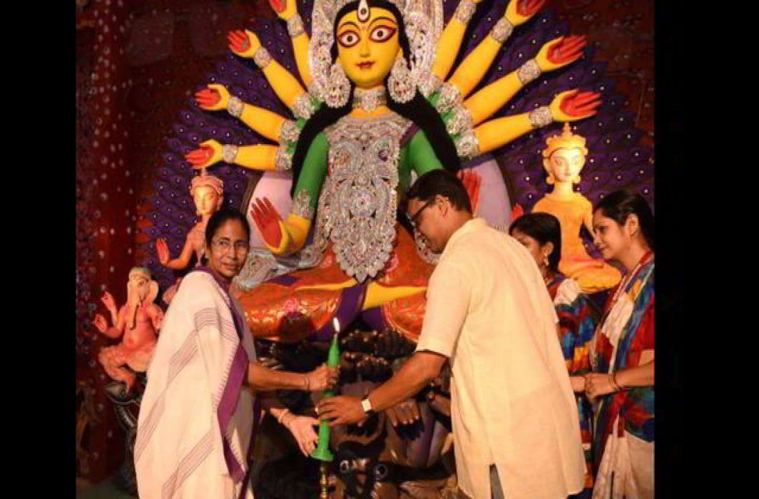 SC refuses to stay West Bengal govt grant to Durga Puja Committees
