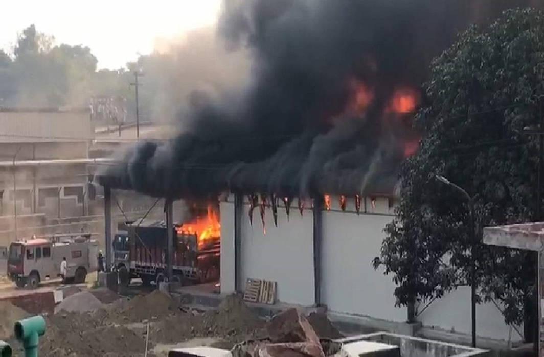 fire karol bagh factory