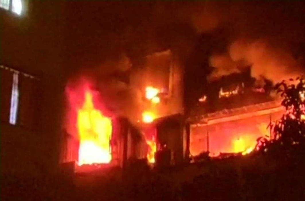 Five killed and 2 injured in Mumbai high-rise fire