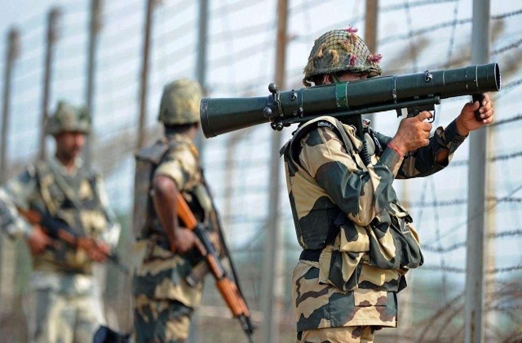 Pakistan violates ceasefire in Rajouri district Indian forces retaliate
