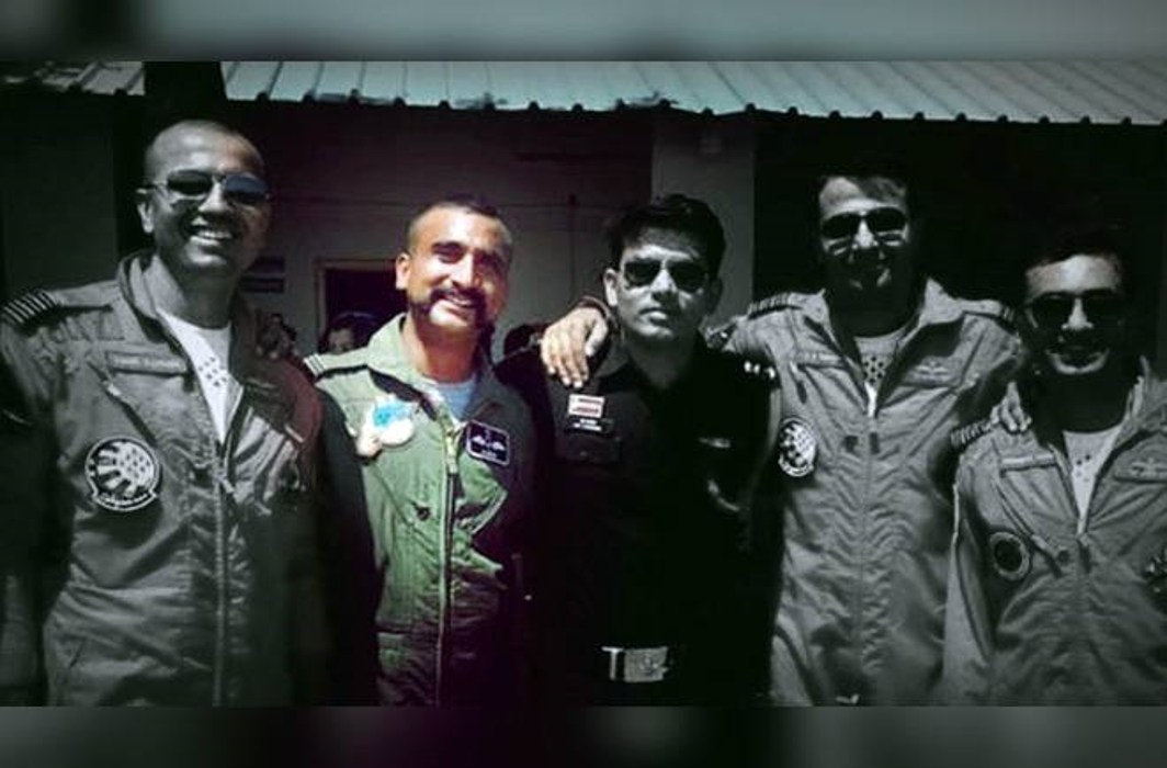 Despite being on sick leave, IAF pilot Abhinandan Varthaman returns to his squadron in Srinagar