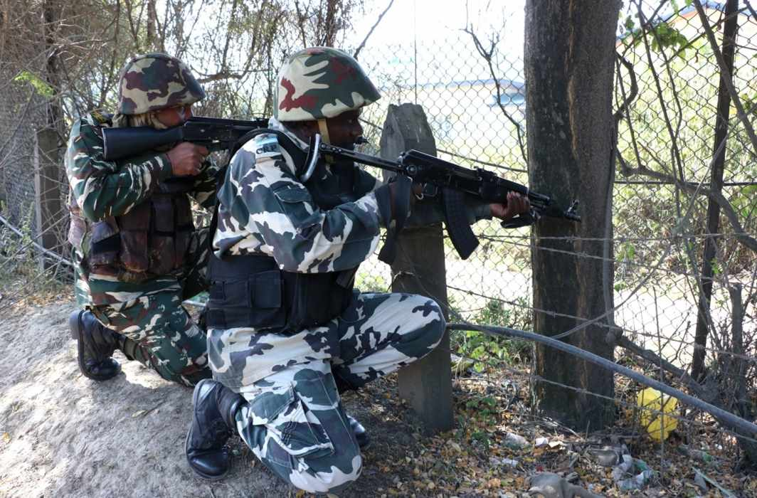 India respond to ceasefire violation, destroyed 7 Pakistan posts