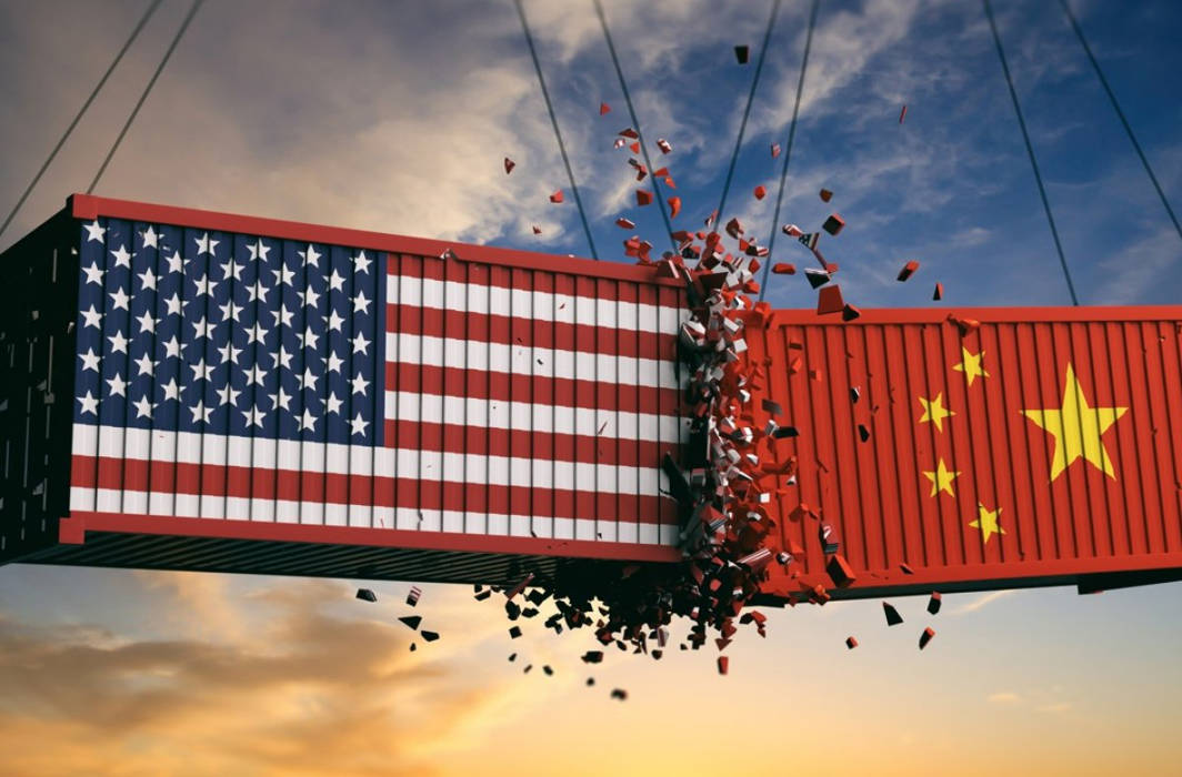 US-China trade war hots up, Trump orders steep tariff hike on remaining imports from China