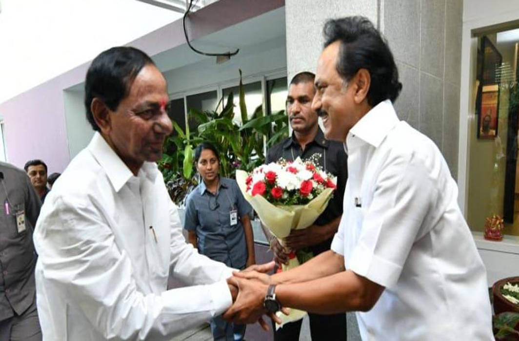 KCR-Stalin meet: DMK chief rules out third front for now