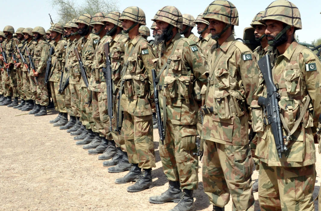 Pakistan military offers to cut defence budget amid severe financial crisis