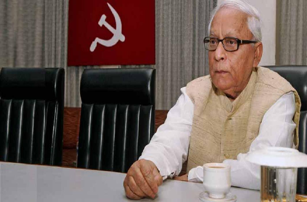 Ex- Chief Minister of Bengal hospitalized, kept under observation