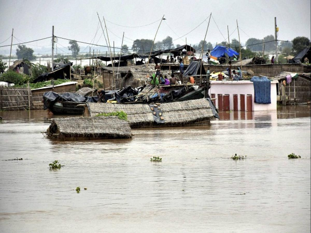Worst monsoon in 25 years kills 148 across India: Floods ravage Patna, Defers all October 2 Programmes
