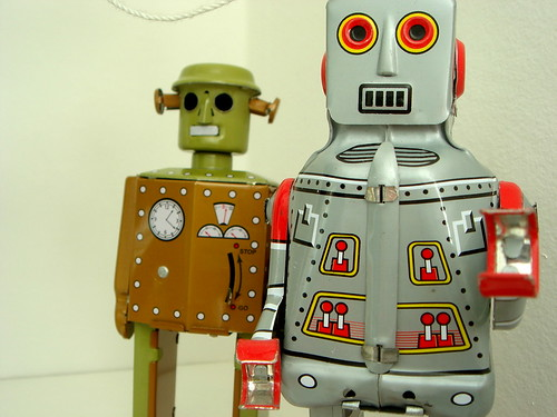 """Robots"" by Kollage Kid is licensed under CC BY-NC-SA 2.0"
