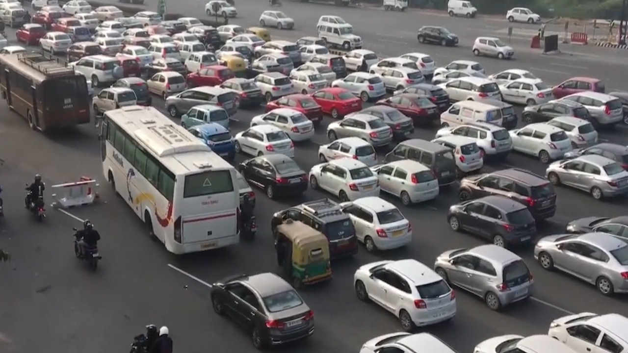 Traffic congestion in Delhi