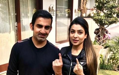 Gautam Gambhir with wife