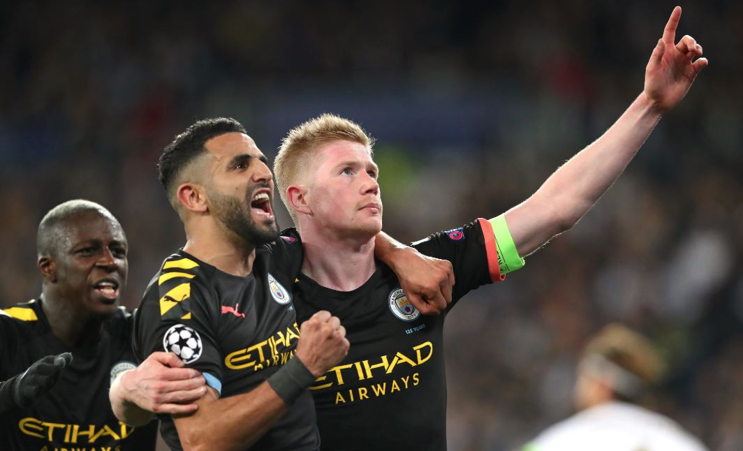 Kevin De Bruyne (R) celebrates with teammates. (Photo | Twitter/@ChampionsLeague)