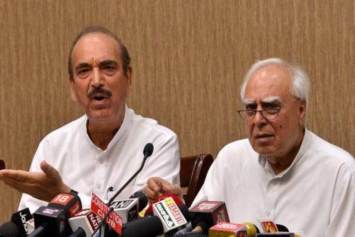 Ghulam Nabi Azad and Kapil Sibbal