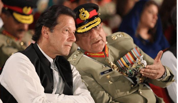qamar javed bajwa with imran khan