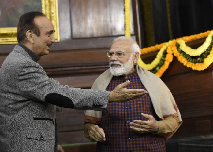 Ghulam Nabi Azad with Narendra Modia