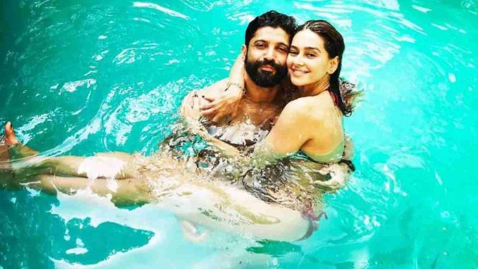 Actor and VJ Shibani Dandekar has turned a year older today. On her 42nd birthday, Shibani got her beau Farhan Akhtar's name tattooed on her neck and she can not help but show off.