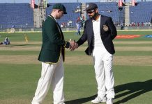 Kohli army bowled out for 105 run, Australia a lead of 298 runs