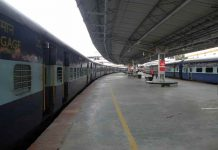 Railway Minister will not fix the Rail fares