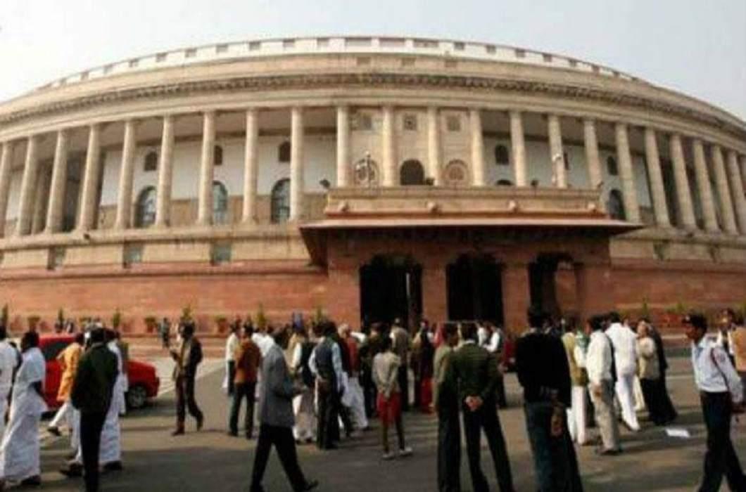 100% presence of five MPs in Lok Sabha, Sonia's presence more than Rahul