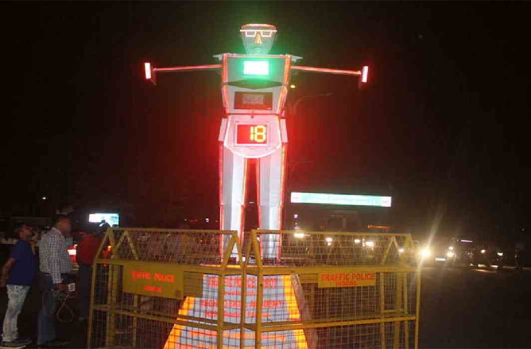 robots will handle the traffic system