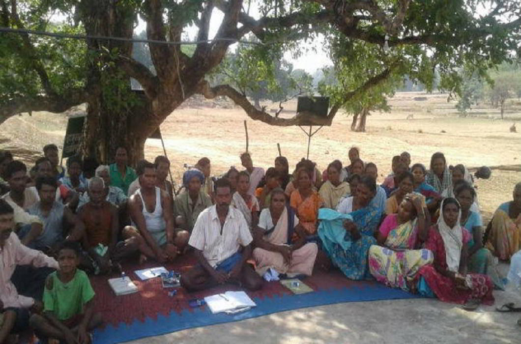 villagers constructed 13 km of road by NH Road itself in the Latehar Nindar village of Jharkhand.