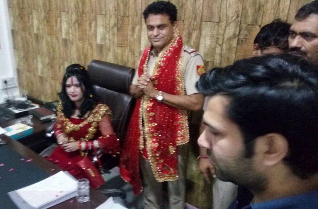 Radhe Maa dance at delhi vivek vihar police station and Sho suspended