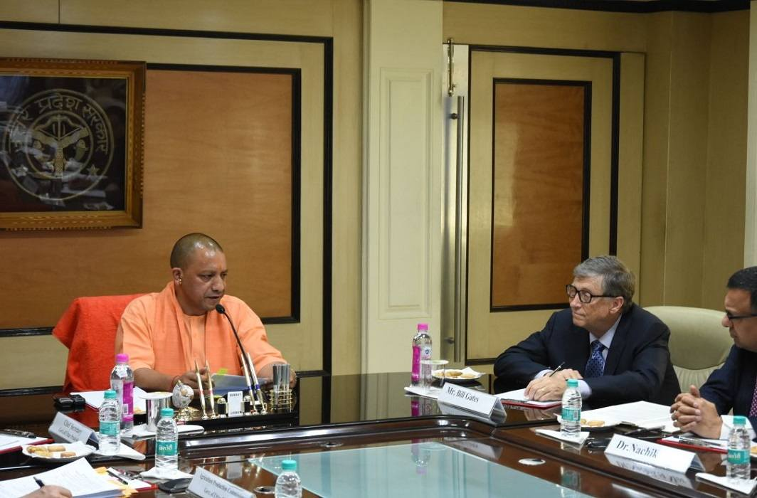 Microsoft founder Bill Gates meets to up cm yogi adityanath