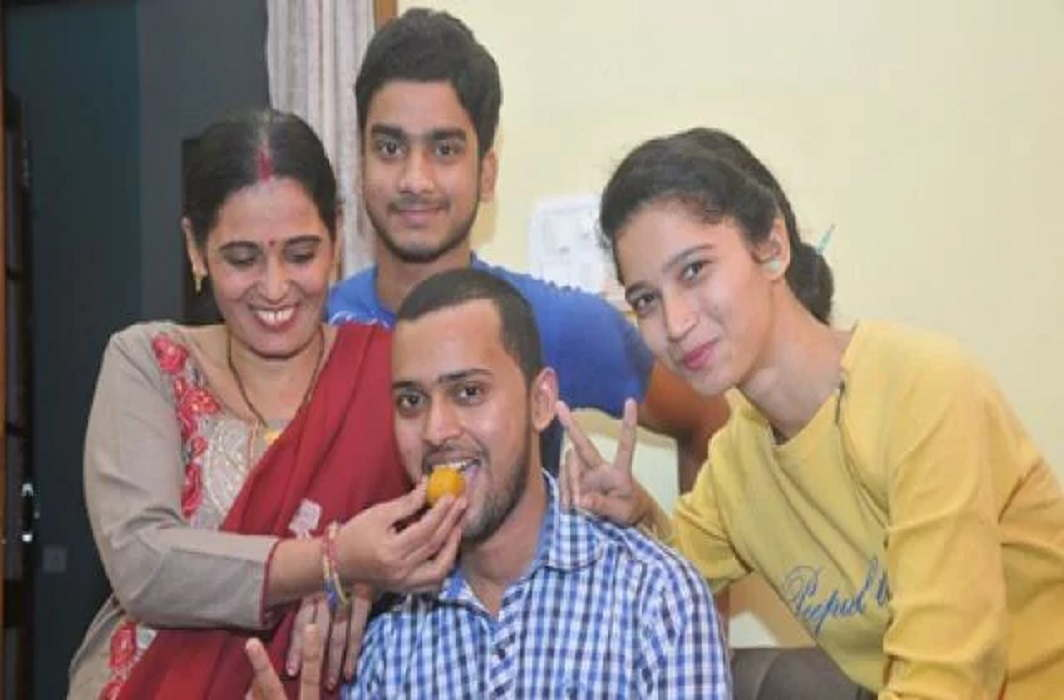 Moradabad boy topped ISRO exam