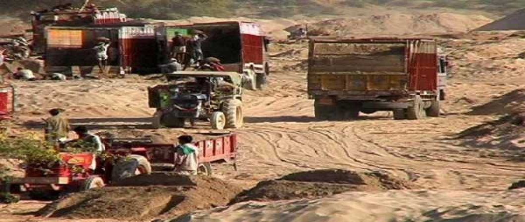 Bihar: High Court stops ban on new rules in sand mining case