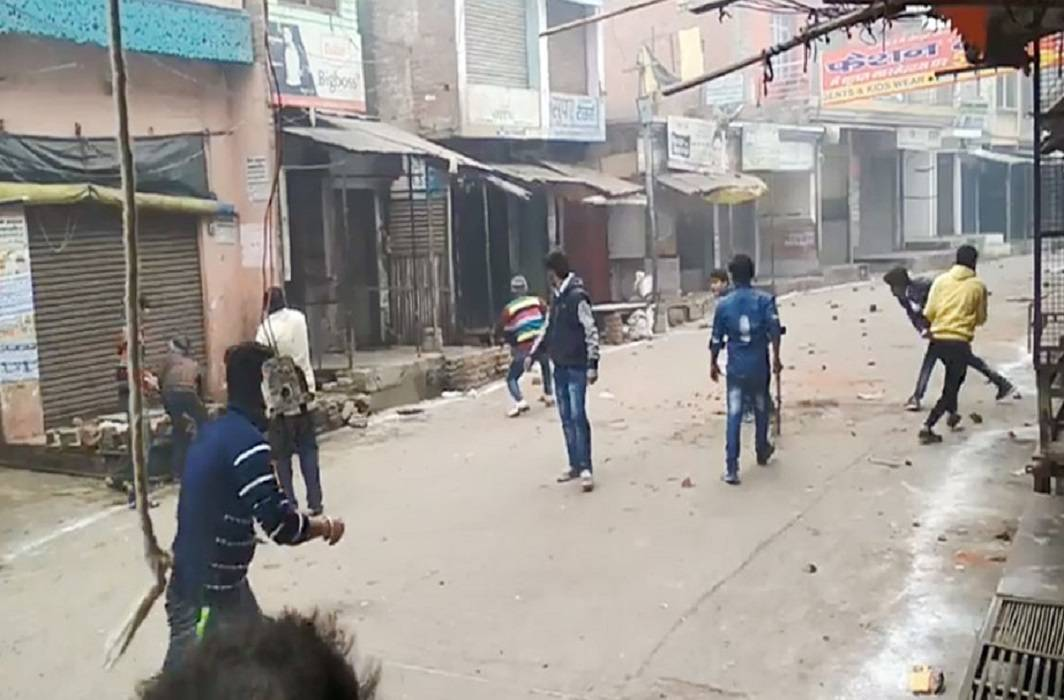 violence in tricolor trip in uttar pradesh and one man died