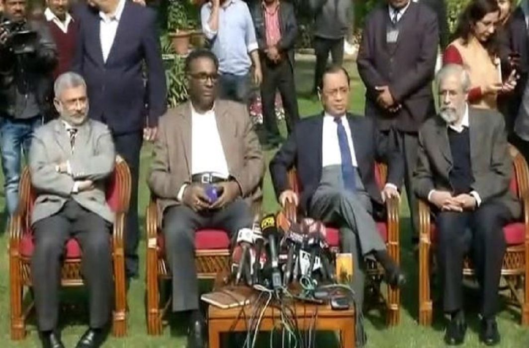 First time press conference of supreme court judges. says everything's is not going well