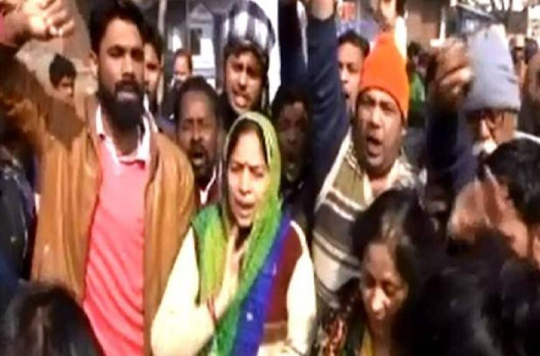 Chandan Gupta family is on street demanded that Chandan be declared a martyr.