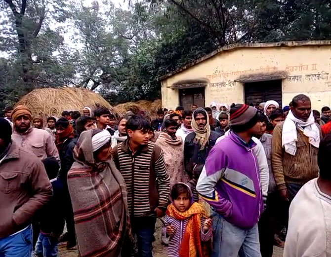 11 people have died of poisonous liquor drink In Barabanki