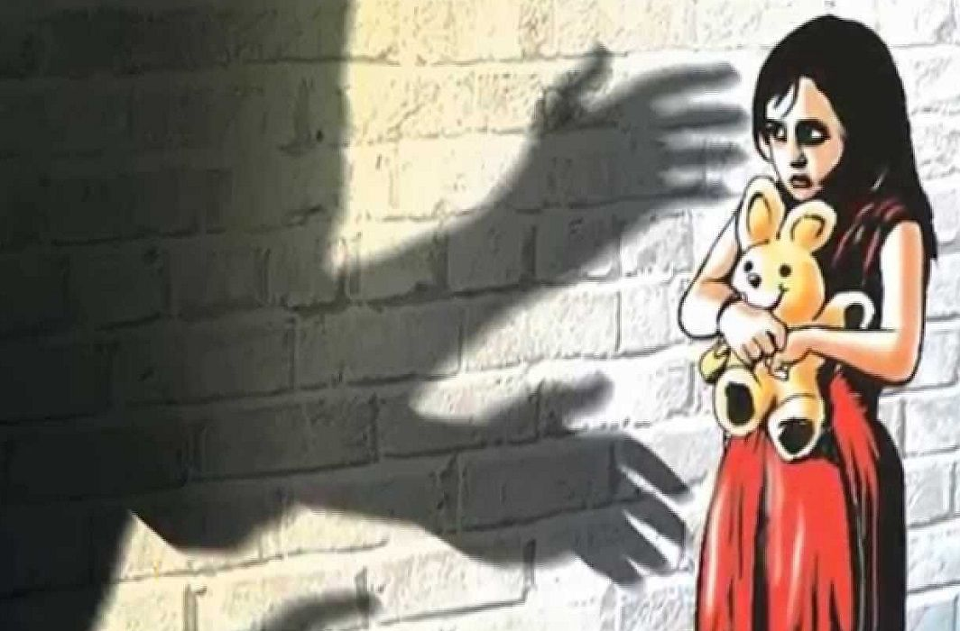 Shame: A constable in Greater Noida tried to rape with the girl, arrested