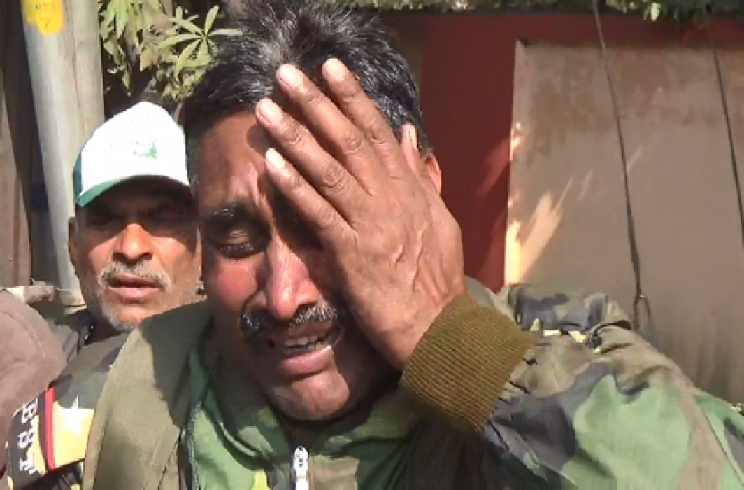 """I never cried on the border but the system has cried"",  Now will lift weapon: BSF jawan"
