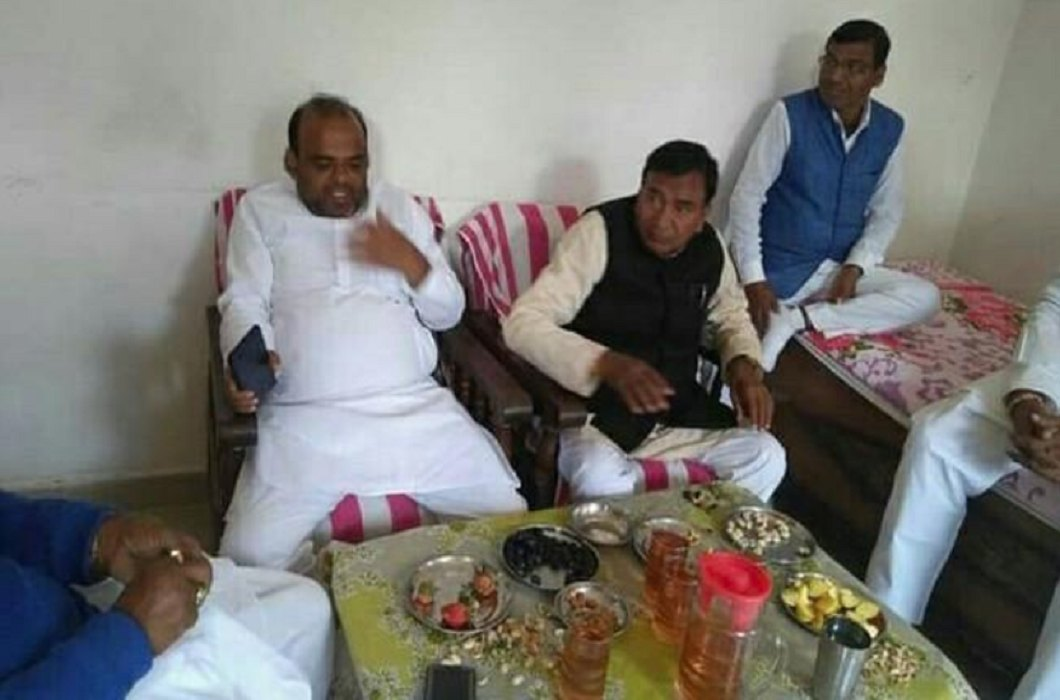 Bihar Education Minister filed FIR against the viral photo, said