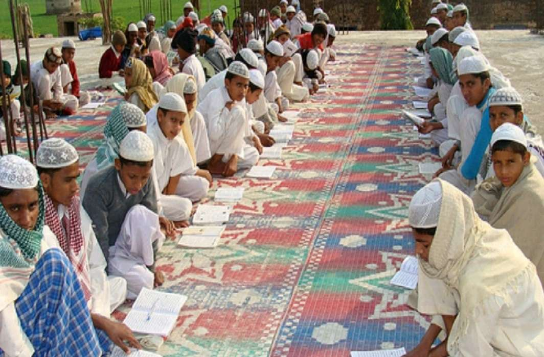 Madarsas education system will modernize, Muslim children will wear dress