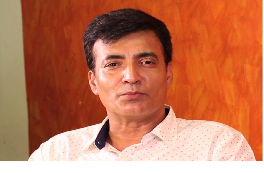 Narendra Jha died due to heart attack