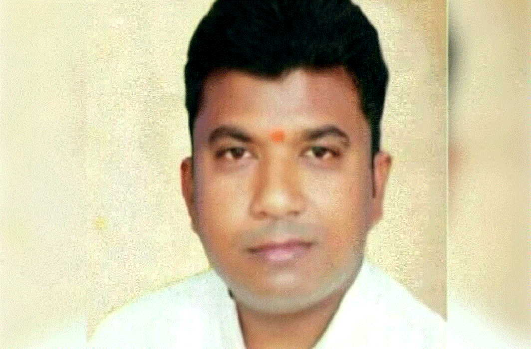 Murderer in Yogiraj, murdered of bjp leader by gun
