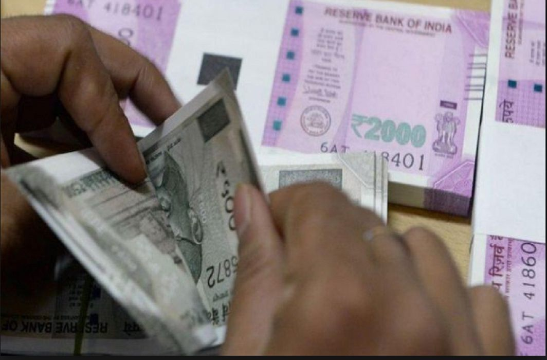 first time in four years, 50 percent of Indians' money raise in Swiss banks