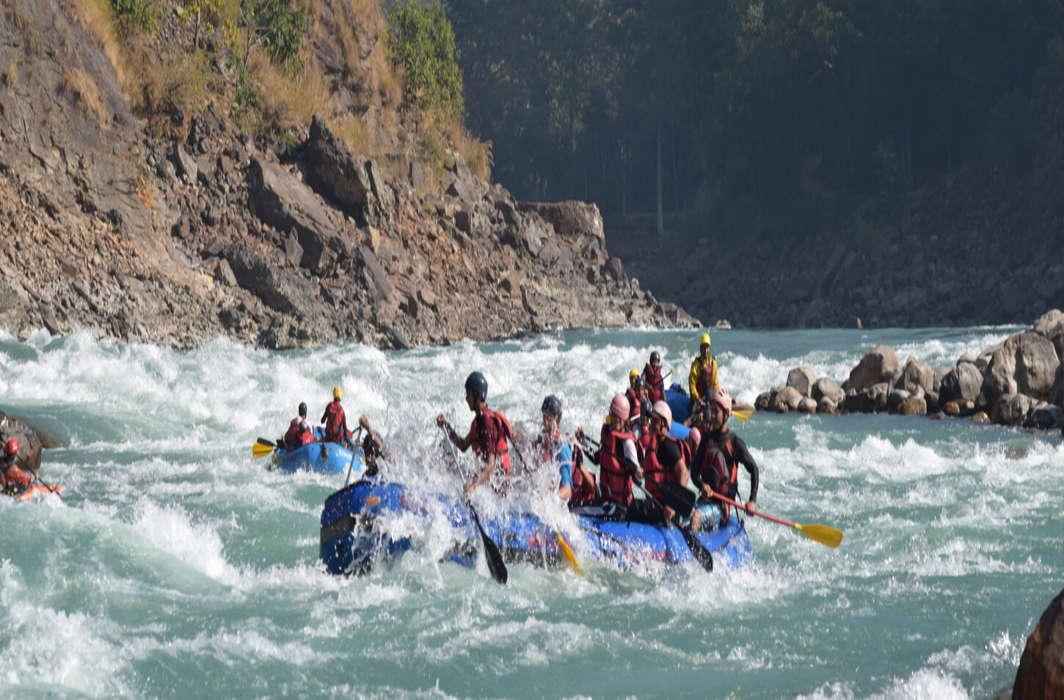 Uttarakhand High Court prohibits imposing river rafting and paragliding