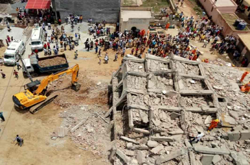 8 dead bodies recovered in Greater Noida accident Two officers suspended, magistrate probe starts