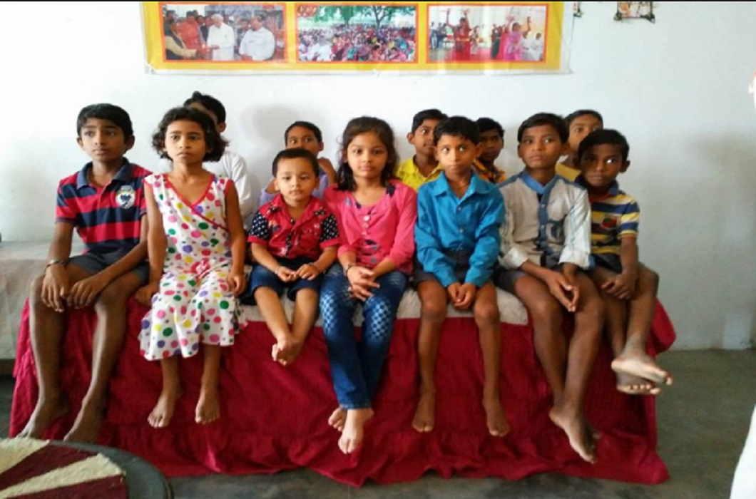 'Aadhaar' introduced 9 orphaned children to their parents In Bihar