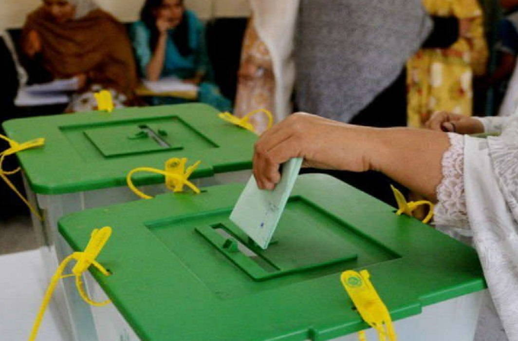 Fear of violence in Pak elections, 1000 shroud already prepared in Peshawar