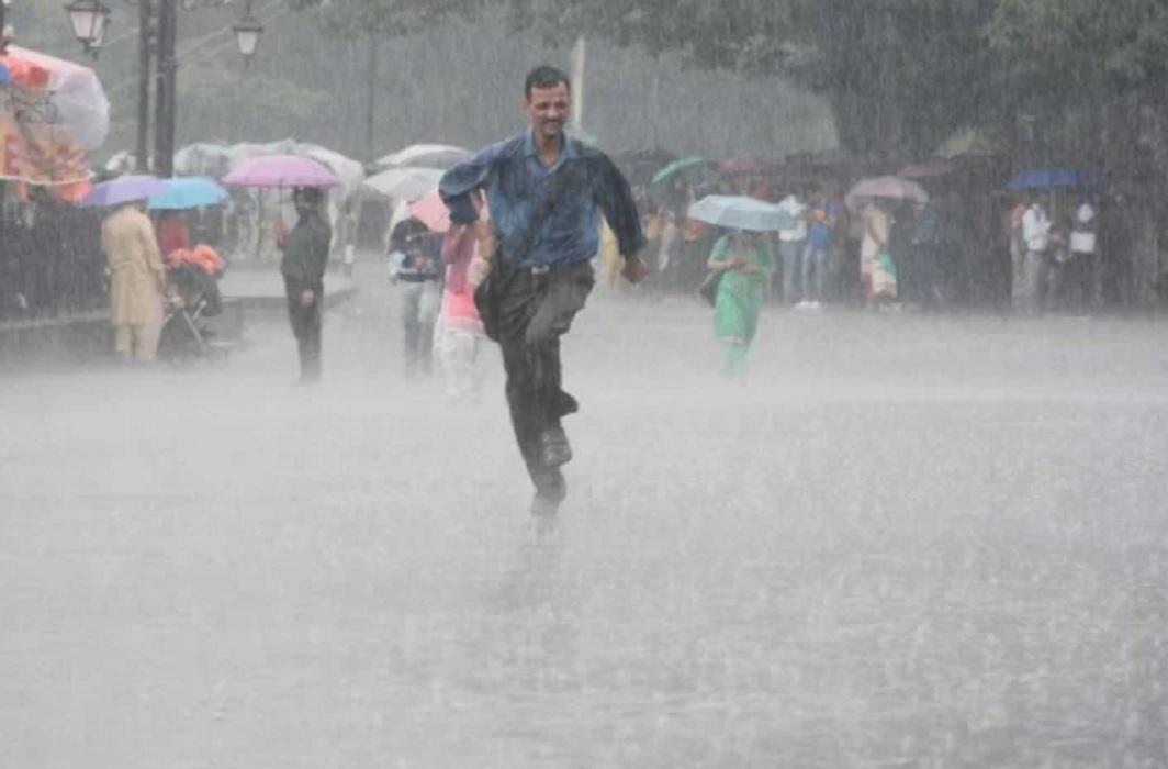 Uttar Pradesh affected by rain, 45 dead