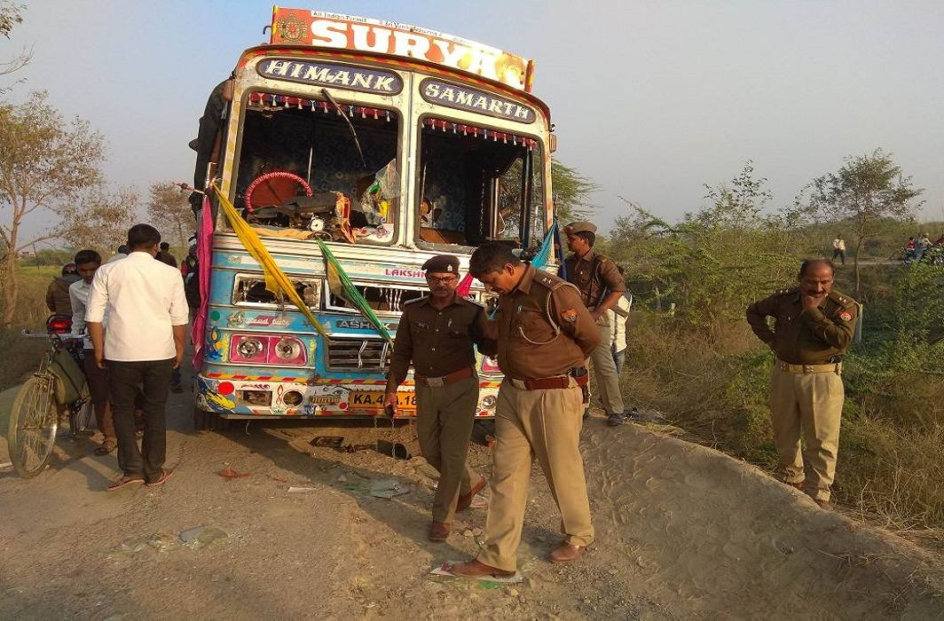 six killed in jaunpur road accident, three injured