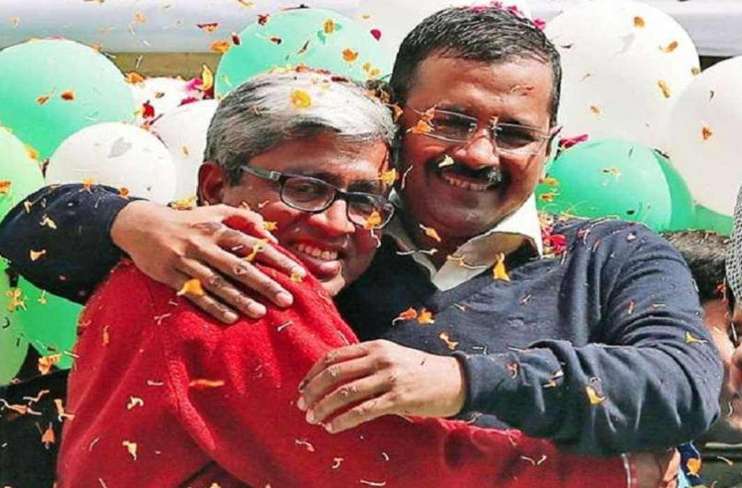 Ashutosh Given resignation, Kejriwal said Not possible in his birth