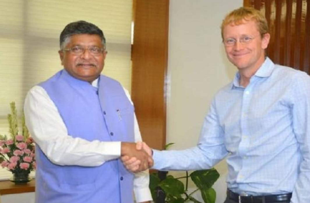 "Union Minister Ravi Shankar Prasad met the WhatsApp CEO, said, ""Should be closed, Fake News"