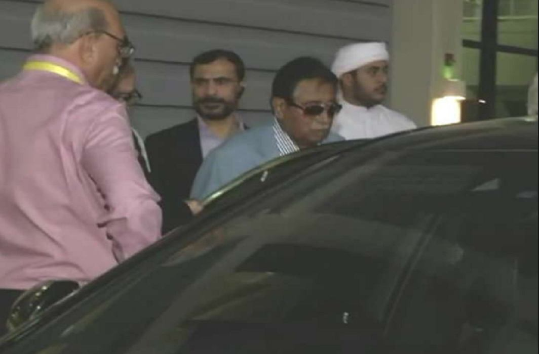 Pervez Musharraf has departs from stadium dafter seeing strong conditions of india during india pakistan match