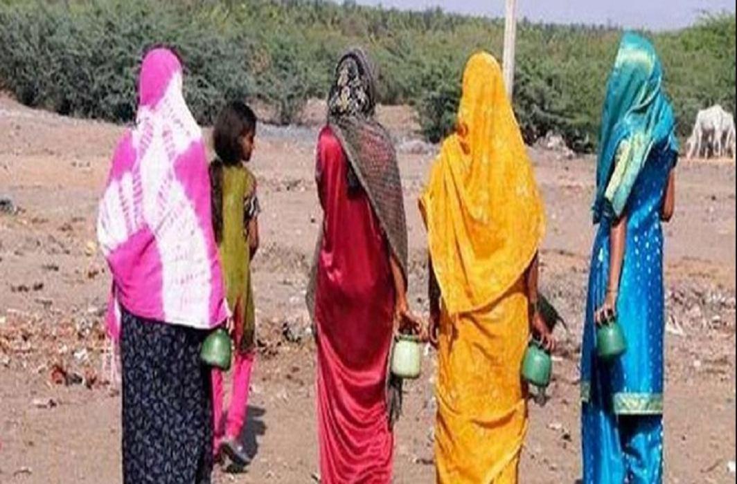 Yogi Sarkar has extended the deadline of toilets construction in Uttar Pradesh