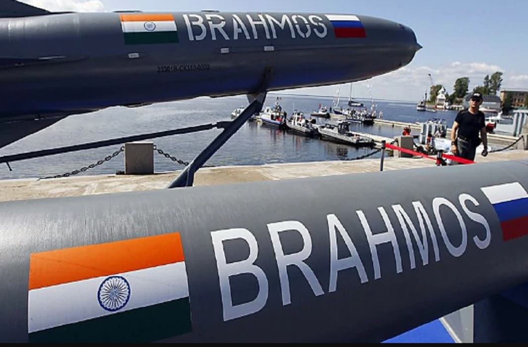 ISI agent arrested at BrahMos missile unit in Nagpur and has gain Young Scientist Award